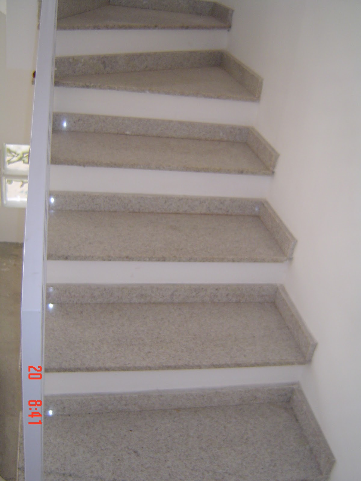 Escadas em Marmore e Granito – Carmona Marmoraria #525A79 1200x1600 Banheiro Com Granito Branco Siena